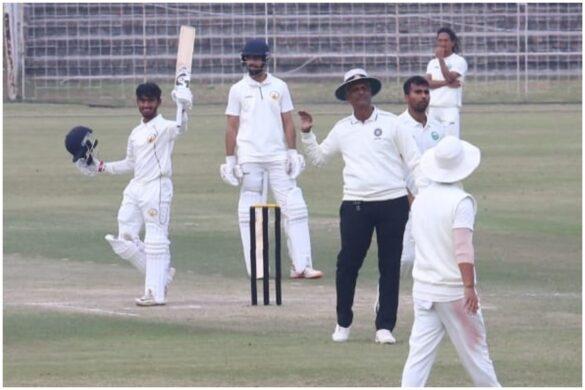 भारतीय क्रिकेट में आया वीरेन्द्र सहवाग जैसा बेखौफ बल्लेबाज, डेब्यू पर जड़ा तूफानी दोहरा शतक 12