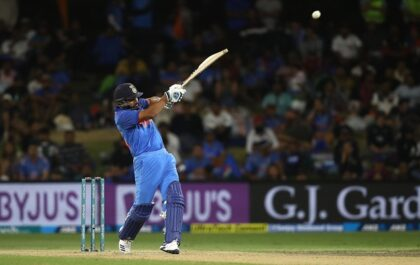 NZ v IND : 7 रन की पारी के बावजूद ऐसा करने वाले दुनिया के एकलौते खिलाड़ी बने रोहित शर्मा 1