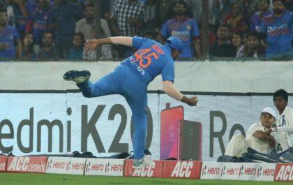 IND vs WI, पहला टी20: भारतीय खिलाड़ियों ने छोड़े एक के बाद एक कैच, युवराज सिंह भड़के 3