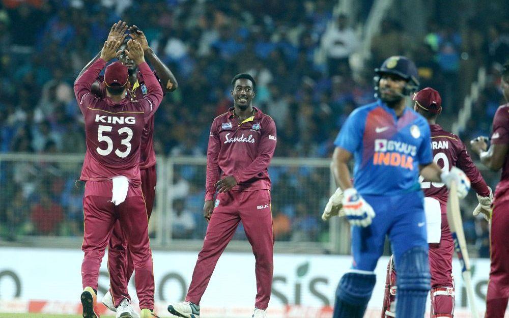 INDvsWI : मैच में बने 9 रिकॉर्ड, टीम की हार के बावजूद विराट कोहली बना गए ये विश्व रिकॉर्ड 1