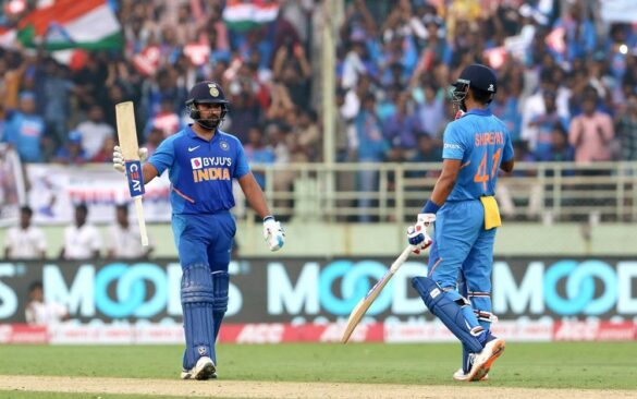 INDvWI, दूसरा वनडे: रोहित शर्मा, पंत, अय्यर और राहुल की हुई सोशल मीडिया पर तारीफ़, तो इस भारतीय खिलाड़ी का बना मजाक 7