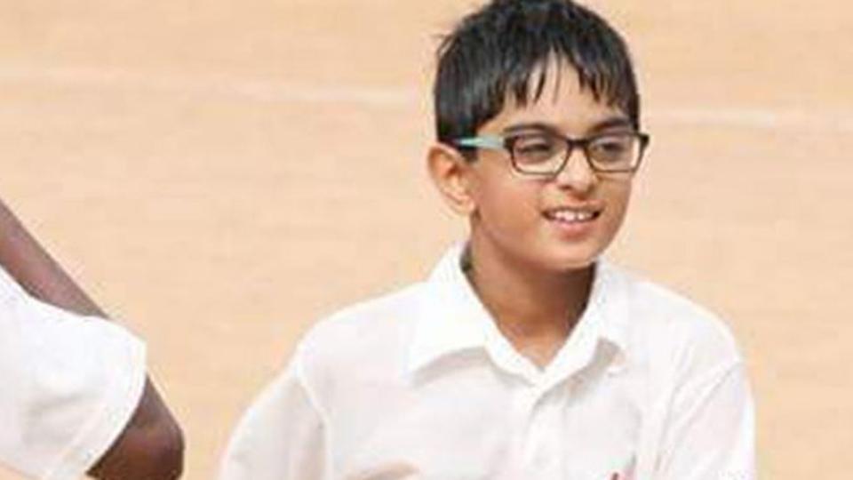 आईपीएल नीलामी के बीच राहुल द्रविड़ के बेटे ने मैदान पर मचाया तहलका, लगाया दोहरा शतक 2