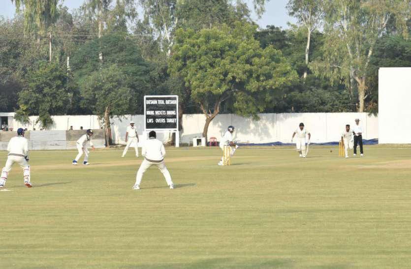 रणजी ट्रॉफी, ग्रुप सी-प्लेट: दूसरे दिन का राउंड अप, युवा गेंदबाज ने पारी में लिए 9 विकेट 1
