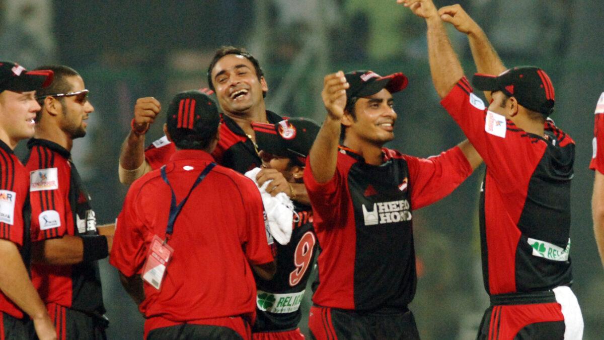 2008 में दिल्ली डेयरडेविल्स के सबसे पहले मैच की प्लेइंग XI के सदस्य अब कहाँ है और क्या कर रहे है?