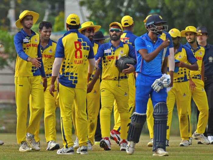 कर्नाटक के हाथों लगातार चौथी बार हारकर दिनेश कार्तिक ने खोया आपा, मैच के बाद करुण नायर से भिड़े 1