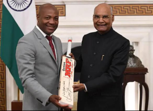 वेस्टइंडीज के महान क्रिकेटर रहे ब्रायन लारा ने की भारत के राष्ट्रपति रामनाथ कोविंद के साथ मुलाकात 11