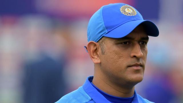 टीम इंडिया के हेड कोच रवि शास्त्री का धोनी पर बड़ा बयान, कहा 'धोनी लेना चाहते थे ब्रेक, लेकिन.... 1