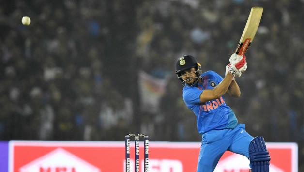 पिछले 9 टी-20 में 78.5 की औसत से रन, लेकिन फिर भी कप्तान कोहली नहीं दे रहे मौका 1