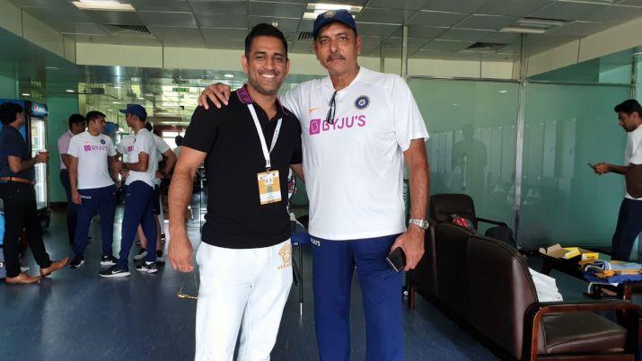 रवि शास्त्री का बड़ा खुलासा, इस वजह से महेंद्र सिंह धोनी ने विश्व कप सेमीफाइनल में नंबर 7 पर की बल्लेबाजी 3