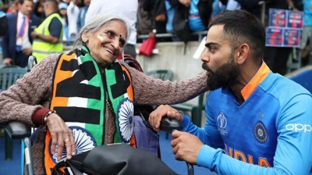 5 मौके जब भारतीय कप्तान विराट कोहली ने जीता फैंस का दिल, वीडियो में देखे हर एक पल