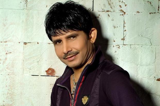 कमाल आर खान ने सोशल मीडिया पर उड़ाया महेंद्र सिंह धोनी का मजाक, फैन्स ने दिया करारा जवाब 2