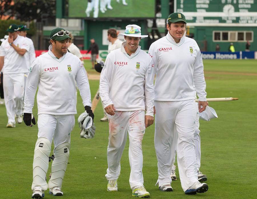 एबी डिविलियर्स, सचिन और धोनी नहीं इन 3 खिलाड़ियों को माना सर्वश्रेष्ठ बल्लेबाज, तो इन्हें बताया भविष्य का सुपरस्टार 2