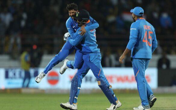 कुलदीप यादव बने भारत के लिए सबसे तेज 100 विकेट लेने वाले स्पिनर, इन्हें छोड़ा पीछे 1