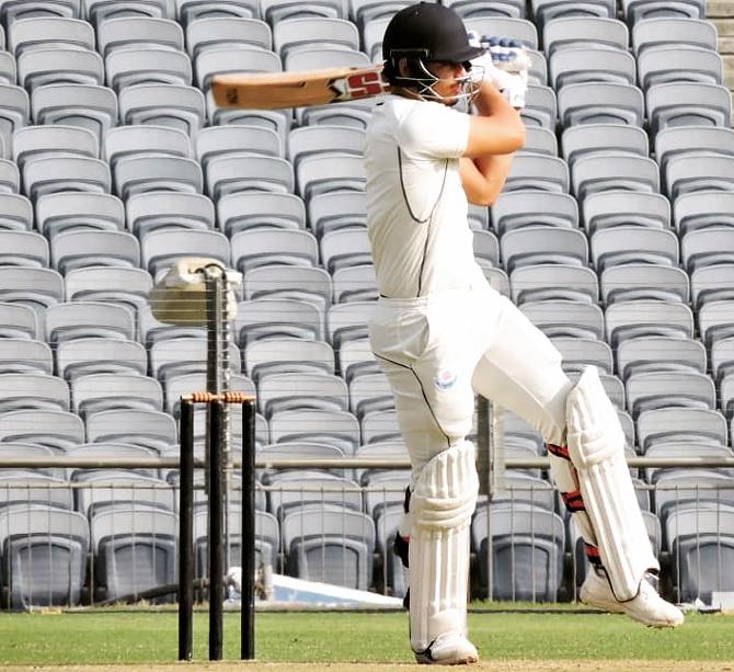 भारत को मिला एक और सिक्सर किंग मात्र 2 पारियों में जड़े 19 छक्के, इस आईपीएल टीम से खेलते आएगा नजर 2