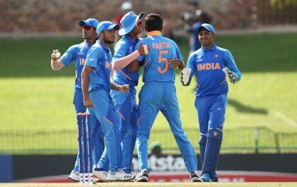 अंडर-19 विश्व कप : भारत ने ऑस्ट्रेलिया को 74 रन से हराकर सेमीफाइनल में बनाई जगह 5