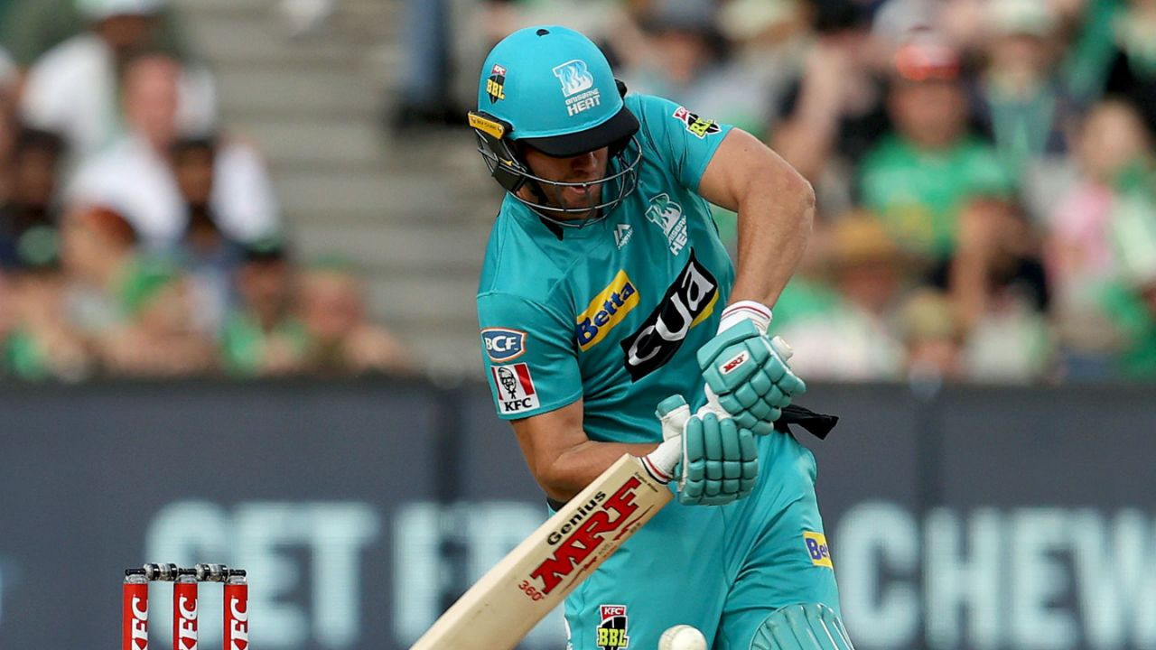 VIDEO : एबी डीविलियर्स ने जड़ा अविश्वसनीय छक्का, खेली 37 गेंदों में 71 रनों की तूफानी पारी 2