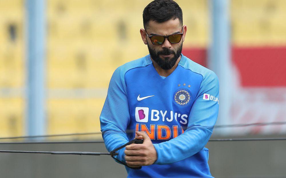विराट कोहली ने किया हरभजन सिंह के गेंदबाजी एक्शन की नक़ल, देखें वीडियो 1
