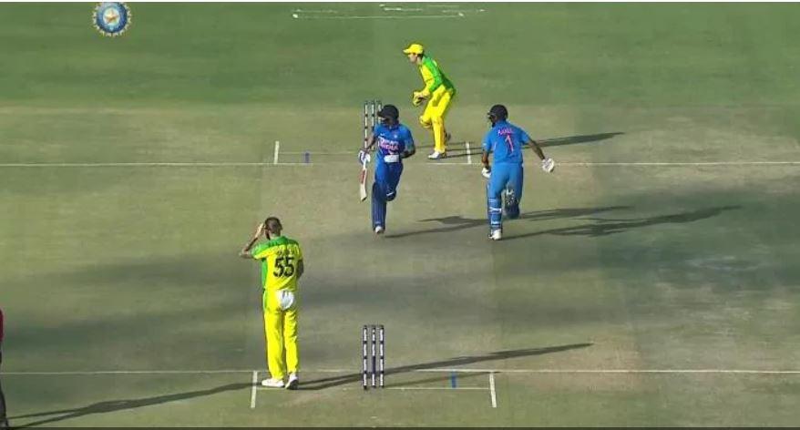 भारतीय टीम ने की गलती लेकिन मैच रेफरी और अंपायर ने नहीं दी कोई सजा, यहाँ देखें वीडियो