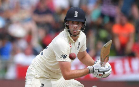 अंतरराष्ट्रीय क्रिकेट में आते ही इस खिलाड़ी के परिवार पर हुई पैसो की बारिश, हुए मालामाल 32