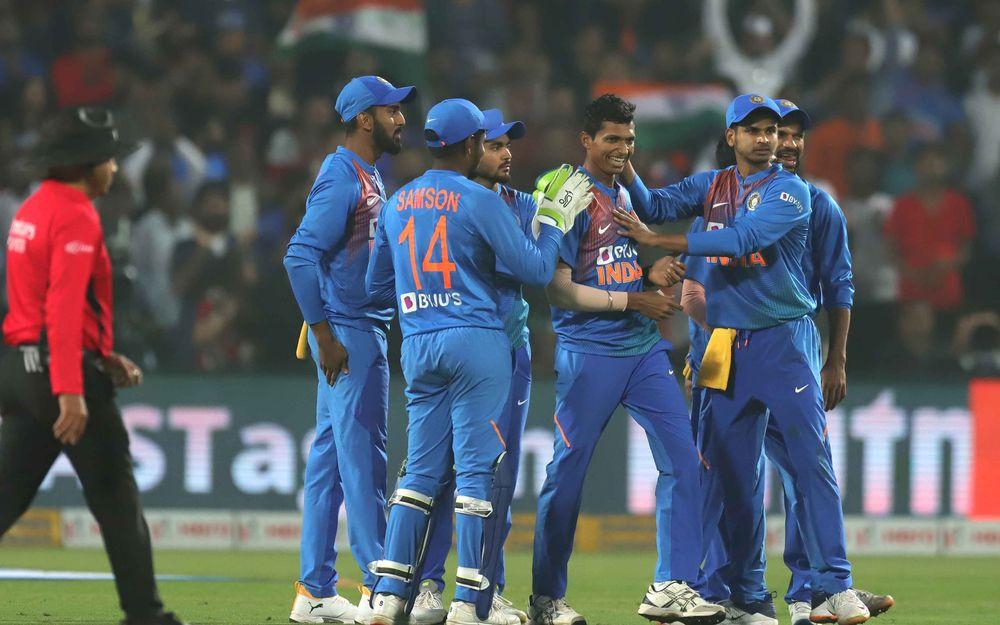 IND vs SL : भारत ने श्रीलंका को पुणे के मैच में 78 रनों से हराकर सीरीज 2-0 से अपने नाम की