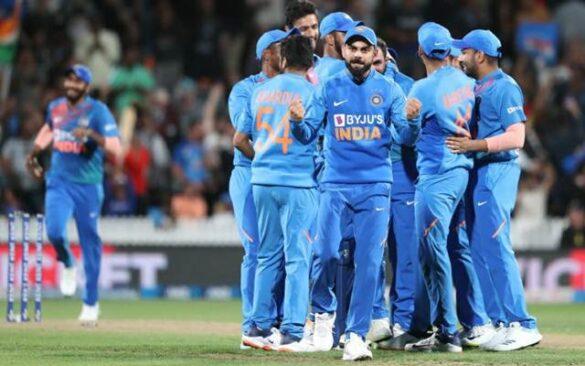 5 भारतीय खिलाड़ी जिन्हें न्यूज़ीलैंड के खिलाफ चौथे टी-20 से बाहर रख सकते हैं विराट कोहली 6