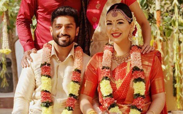 करुण नायर ने की गर्लफ्रेंड सनाया टंकरीवाला के साथ शादी, देखें खूबसूरत तस्वीरें 9