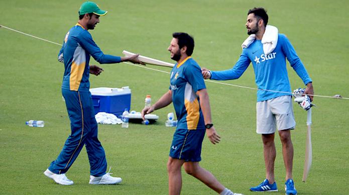 पाकिस्तान के तेज गेंदबाज मोहम्मद आमिर ने मौजूदा समय के इस भारतीय खिलाड़ी को बताया 'महान' 3