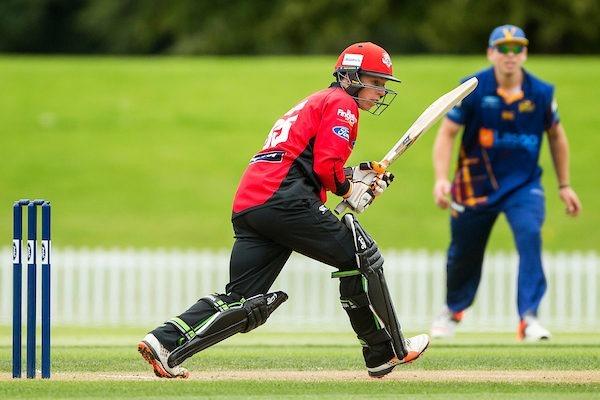 VIDEO : न्यूजीलैंड के इस खिलाड़ी ने लगाये 6 गेंदों पर 6 छक्के, किया युवराज सिंह की बराबरी 2