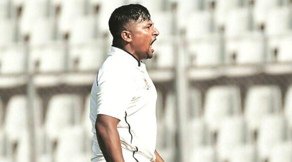विराट कोहली ने ओवरवेट बोलकर नहीं दिया था मौका, अब तिहरा शतक जड़ पेश की टीम इंडिया की दावेदारी 26