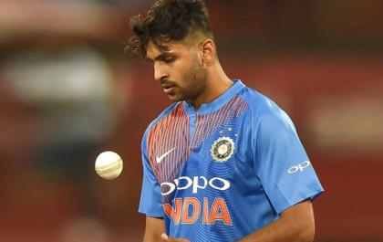 NZ vs IND, पहला टी-20: शार्दुल ठाकुर की गेंदबाजी में जमकर धुनाई, सोशल मीडिया पर आई मीम की बाढ़ 3