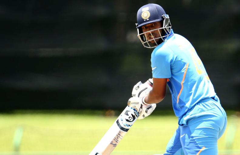 अंडर-19 विश्व कप: ऑस्ट्रेलिया के बल्लेबाज ने कार्तिक त्यागी को स्लेज करने की कोशिश की, गेंदबाज ने अगली गेंद पर भेजा पवेलियन 2