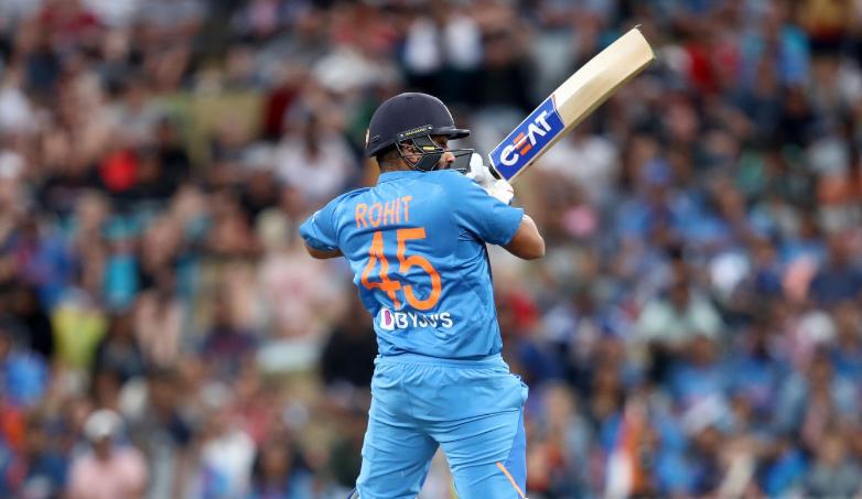 RECORD: हैमिल्टन में 48 रन बनाने के साथ ही रोहित शर्मा ने रचा इतिहास, गावस्कर और हैडन जैसे दिग्गजों को पछाड़ा