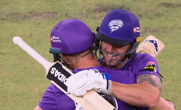 बिग बैश 2019-20: भारत दौरे से पहले ऑस्ट्रेलिया के युवा बल्लेबाज ने जड़ा शतक, साबित हो सकता है खतरा 19