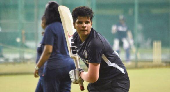 फटे ग्लव्ज, टूटा बल्ला, पिता की जेब में बचे थे केवल 280 रुपये, अब भारत को विश्व कप दिलाएगी ये खिलाड़ी 11