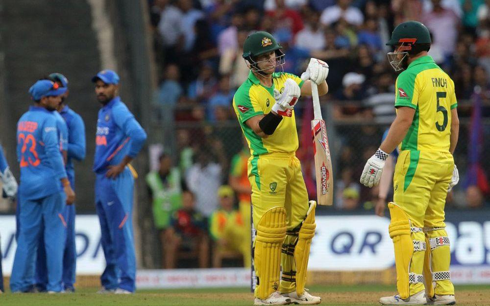 IND vs AUS: विराट कोहली की एक छोटी सी गलती की वजह से ऑस्ट्रेलिया ने भारत को मुंबई एकदिवसीय मैच में 10 विकेट से हराया