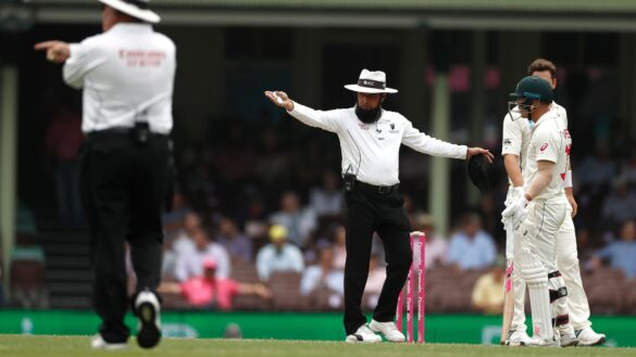 मार्नस लाबुशेन और डेविड वार्नर का 1 रन लेना ऑस्ट्रेलिया को पड़ा भारी, लगा 5 रनों का जुर्माना, जाने क्या है नियम 26