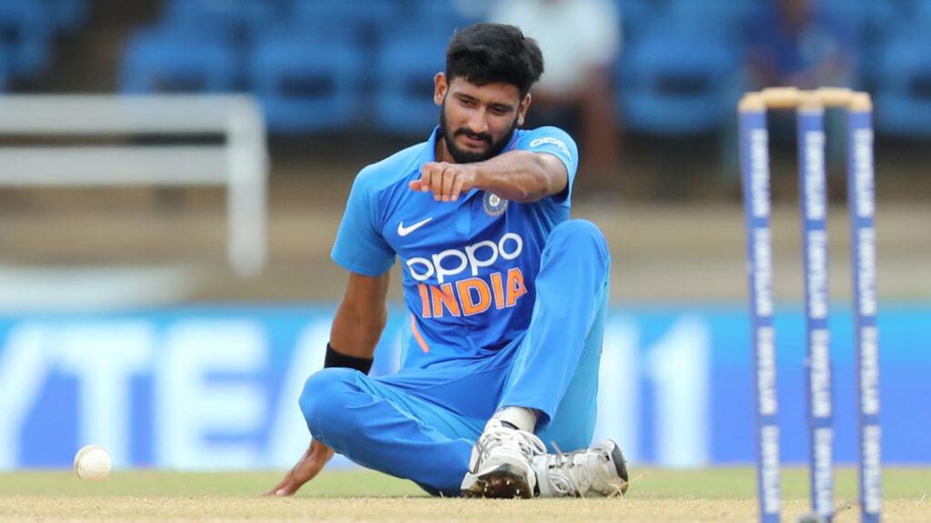 न्यूजीलैंड दौरे के बीच इंडिया ए को लगा बड़ा झटका, चोट के चलते पूरे दौरे से बाहर हुए स्टार तेज गेंदबाज 2