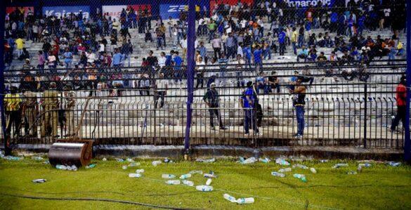 INDvAUS : बैंगलुरू वनडे में हुआ था कुछ ऐसा टीम और खिलाड़ियों नहीं इस बार स्टेडियम पर लगा जुर्माना 26