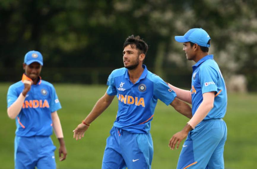 अंडर-19 विश्व कप: भारतीय स्पिनर रवि बिश्नोई ने 4 गेंदों पर लिया 4 विकेट,जाने फिर भी क्यों नहीं हुआ हैट्रिक