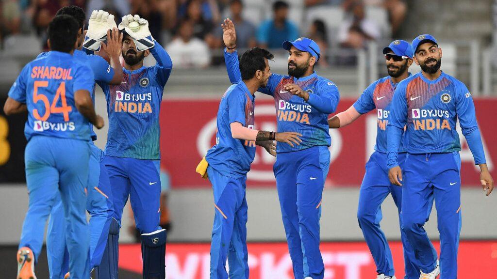 न्यूजीलैंड के खिलाफ पहले टी20 मैच में बना ये विश्व रिकॉर्ड, 5 बल्लेबाजों ने एक ही मैच में कर दिखाया ये कारनामा 2