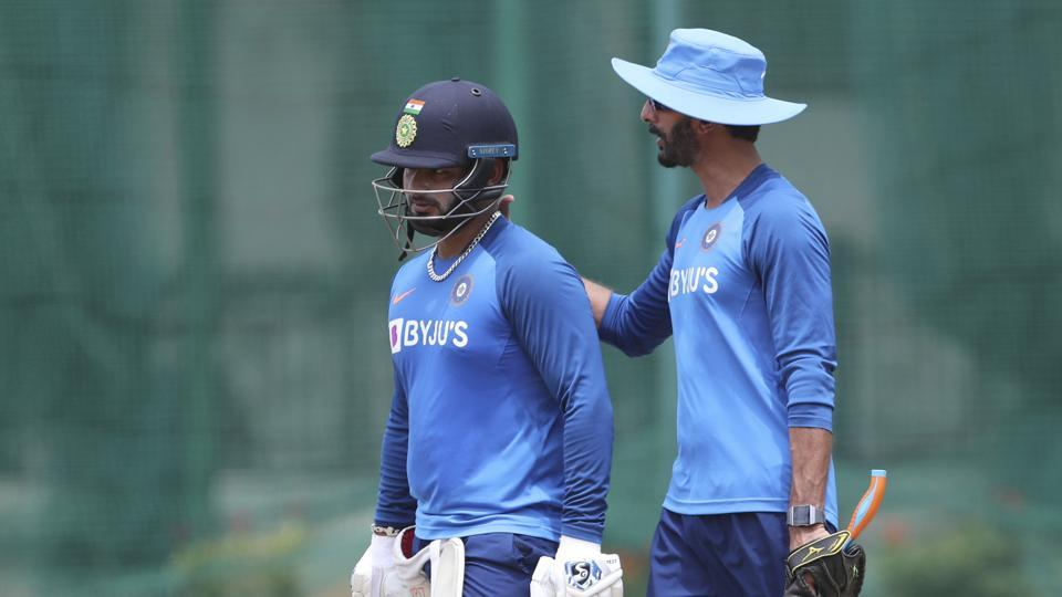 ऋषभ पंत के फॉर्म पर बोले बल्लेबाजी कोच विक्रम राठौर, पंत के बारे में पूछे जाते हैं हर प्रेस कॉन्फ्रेंस में सवाल