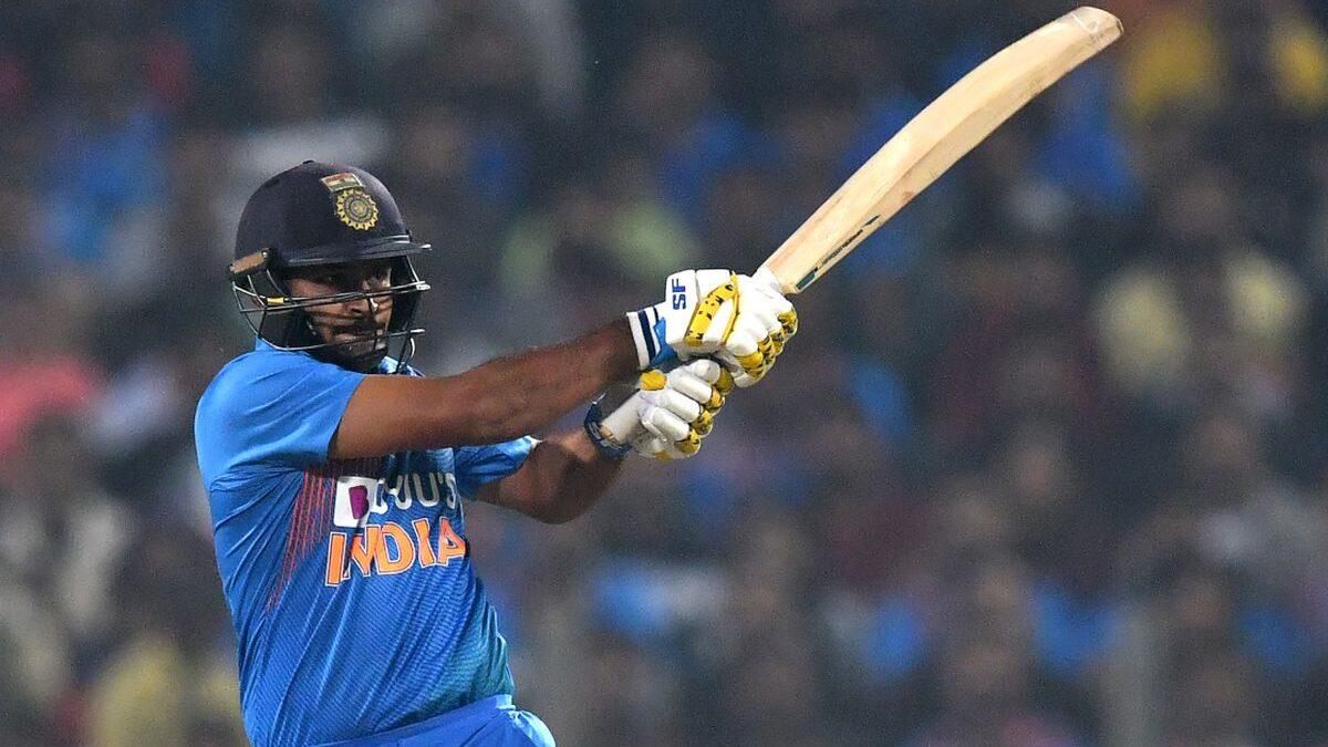 ये 5 गेंदबाज आईसीसी टी20 विश्व कप में अंत में आकर कर सकते हैं विस्फोटक बल्लेबाजी