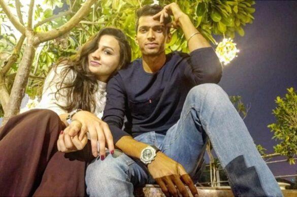 नवदीप सैनी ने वैलेंटाइन पर फैंस से कराया गर्लफ्रेंड का परिचय, देखें कौन है इस युवा खिलाड़ी का प्यार 13