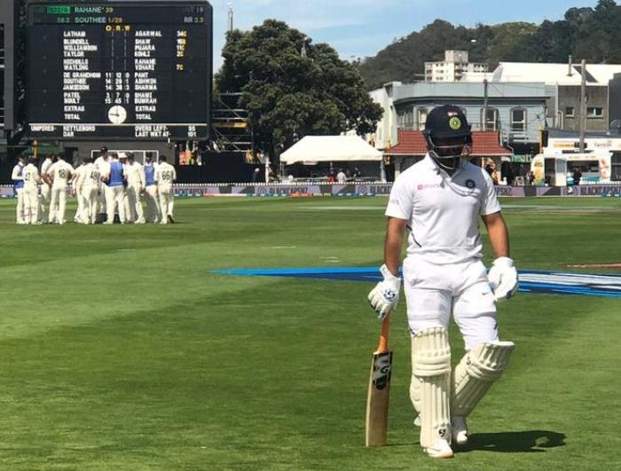 NZ v IND: टिम साउथी की गेंद पर चारों खाने चित हुए आर अश्विन, वीडियो में देखे कैसे गवांई अपनी विकेट 1