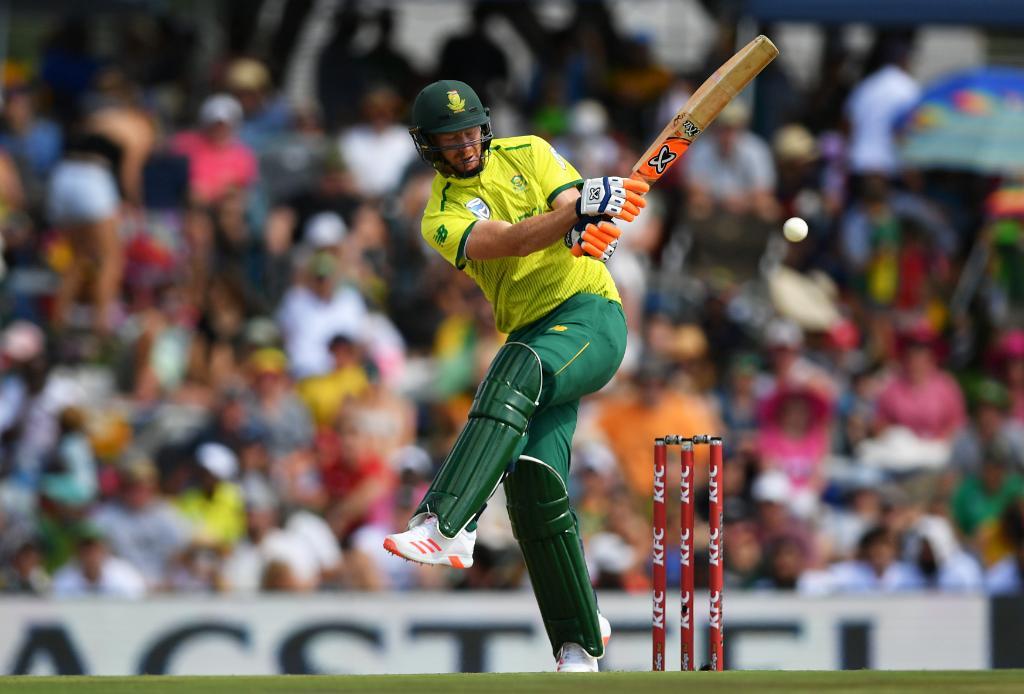 इंग्लैंड ने तीसरे टी-20 में साउथ अफ्रीका को 5 विकेट से हराया, मैच में लगे कुल 28 छक्के 1