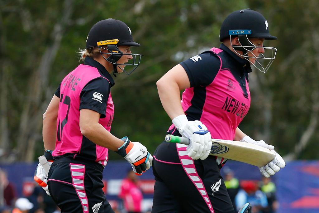 भारत के खिलाफ हार के बावजूद न्यूजीलैंड की कप्तान सोफी डिवाइन ने अपने खिलाड़ियों को सराहा 3