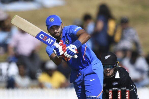 भारत के लिए ODI में नंबर-4 पर सबसे सफल बल्लेबाज बने श्रेयस अय्यर, युवराज सिंह को भी छोड़ा पीछे 11