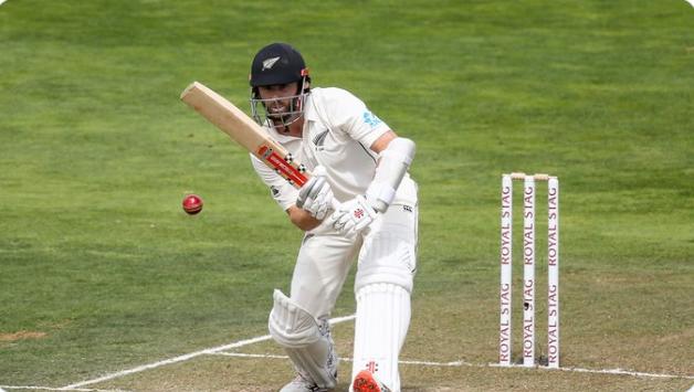 NZ v IND: टिम साउथी की गेंद पर चारों खाने चित हुए आर अश्विन, वीडियो में देखे कैसे गवांई अपनी विकेट 3