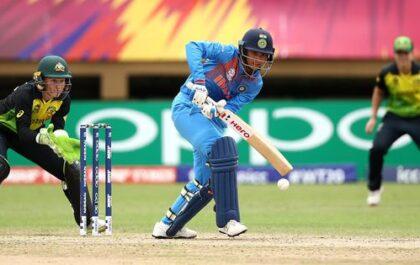 भारतीय महिला टीम ने ऑस्ट्रेलिया को 17 रनों से हराया, सोशल मीडिया पर टीम की हुई जमकर तारीफ 1