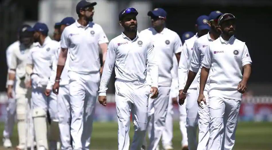 INDvsNZ: न्यूजीलैंड के हाथों मिली शर्मनाक हार के बाद फूटा कपिल देव का गुस्सा, कहा- हर मैच की टीम में हो रहे हैं बदलाव…